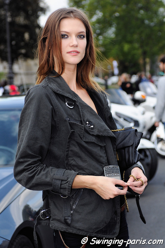 Kasia Struss leaving Paco Rabanne show, Paris S/S 2013 RtW Fashion Week, October 2012