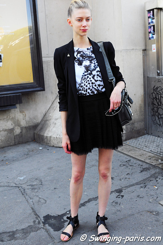 Kelli Lumi outside Giorgio Armani Priv show, Paris Haute Couture F/W Fashion Week, July 2011
