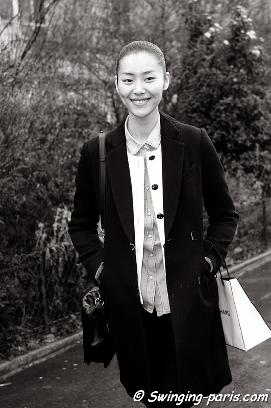 Liu Wen (刘雯 or 劉雯) leaving Chanel show, Paris F/W RtW 2012 Fashion Week, March 2012