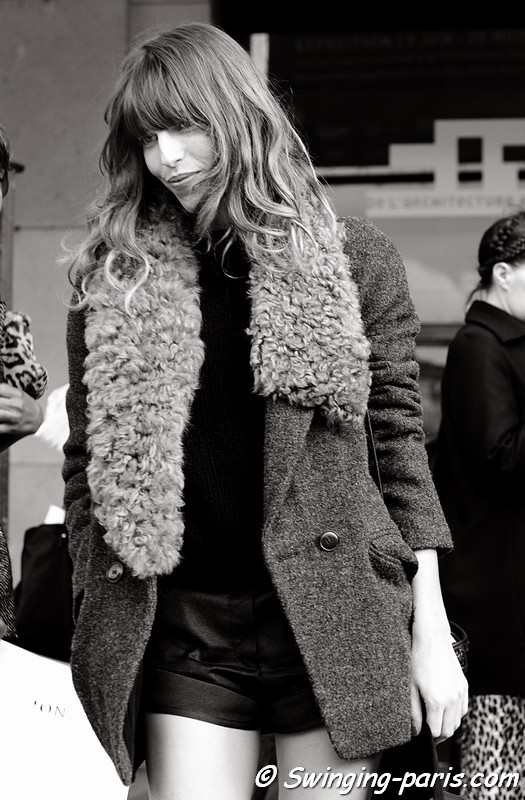 Lou Doillon before and after Vanessa Bruno show, Paris October 2010