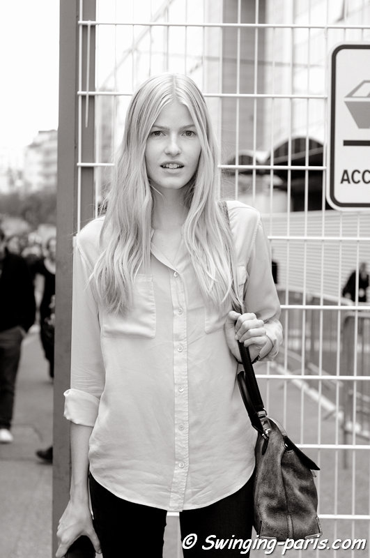 Louise Parker leaving Felipe Oliveira Baptista show, Paris S/S 2014 RtW Fashion Week, September 2013