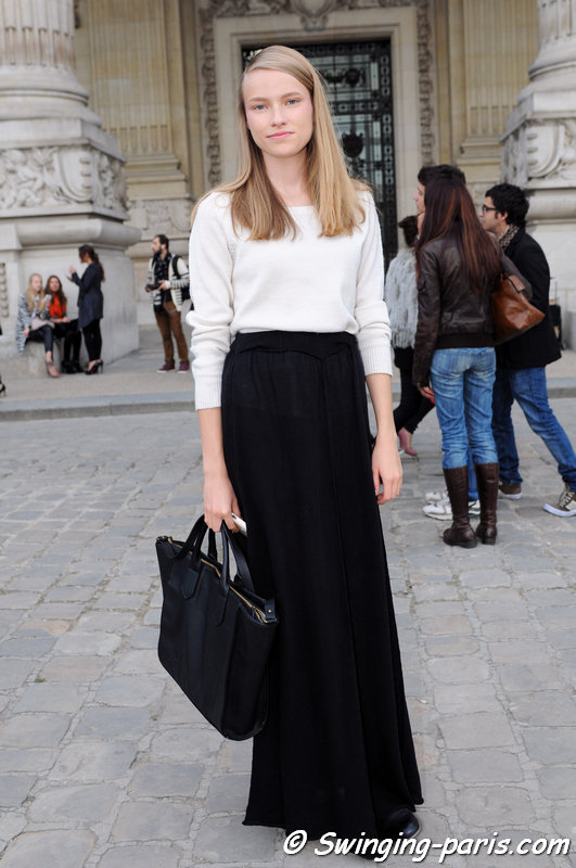 Malwina Garstka exiting Shiatzy Chen show, Paris S/S 2014 RtW Fashion Week, October 2013