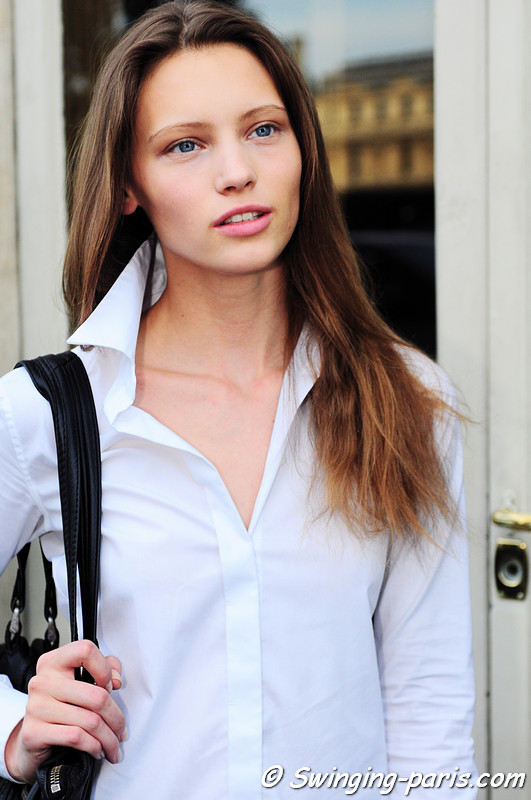 Mila Krasnoiarova (Мила Красноярова) outside Corrado de Biase show, Paris S/S 2012 Fashion Week, September 2011