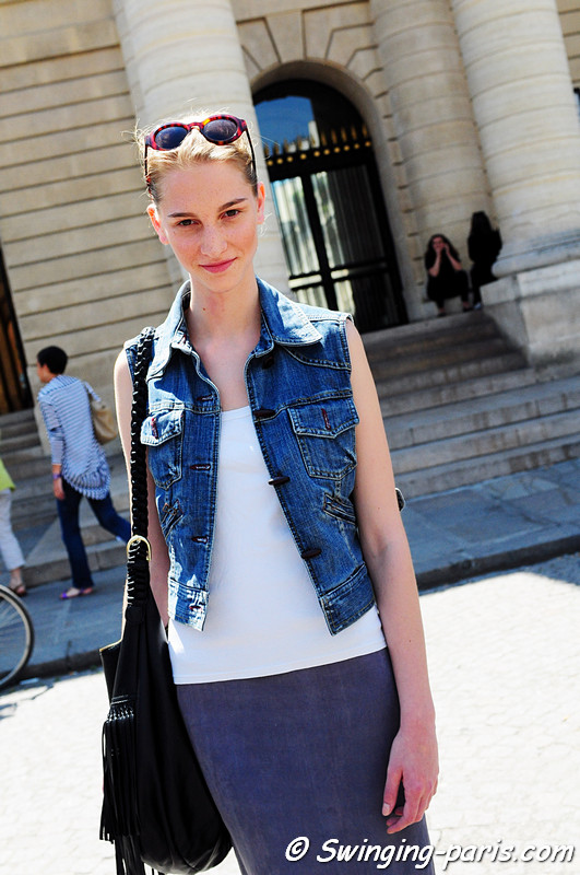 "Rosanna ""Ros"" Georgiou outside Bouchra Jarrar show, Paris Haute Couture Fashion Week, July 2011"