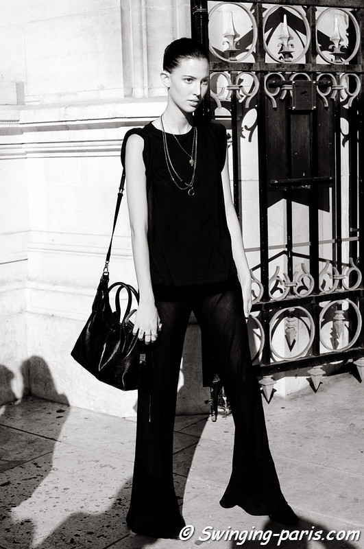 Ruby Aldridge outside Stella McCartney show, Paris S/S 2012 Fashion Week, September 2011