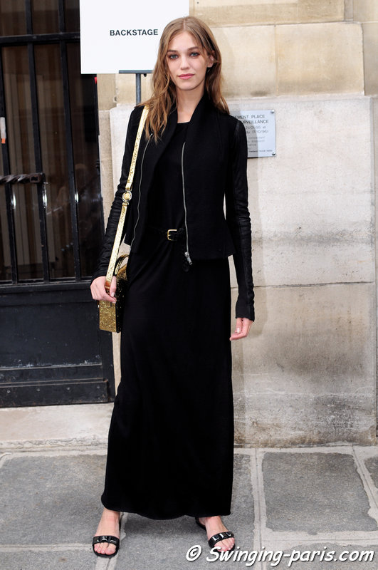 Samantha Gradoville exiting Emanuel Ungaro show, Paris S/S 2014 RtW Fashion Week, September 2013