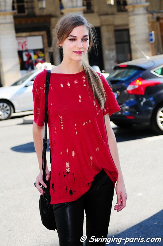 Samantha Gradoville outside Valentin Yudashkin show, Paris S/S 2012 Fashion Week, October 2011