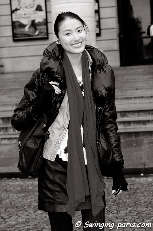 Shiqing Wang (王诗晴) outside Bouchra Jarrar Spring Couture show, Paris Fashion Week January 2011