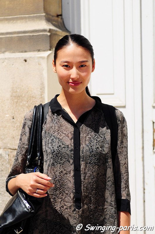 Shiqing Wang (王诗晴) outside Maison Rabih Kayrouz show, Paris Haute Couture F/W Fashion Week, July 2011