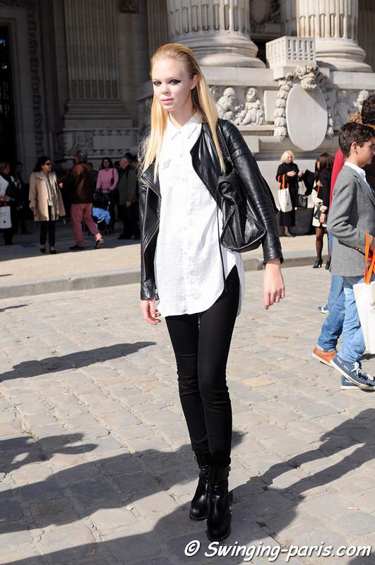 A model outside Léonard show, Paris S/S 2013 RtW Fashion Week, October 2012