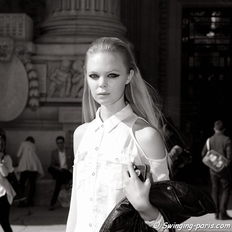 A model outside Léonard show, Paris S/S 2013 RtW Fashion Week, October 2012