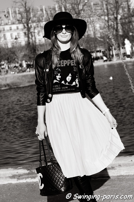 A young woman leaving Chlo show, Paris Fashion Week, March 2011